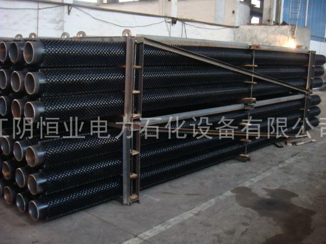 中頻電阻焊(han)月(yue)牙形翅片(pian)管焊(han)接